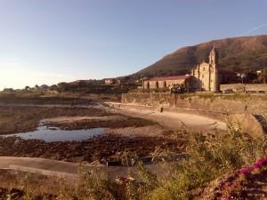 Mosteiro de Oia coa camboa